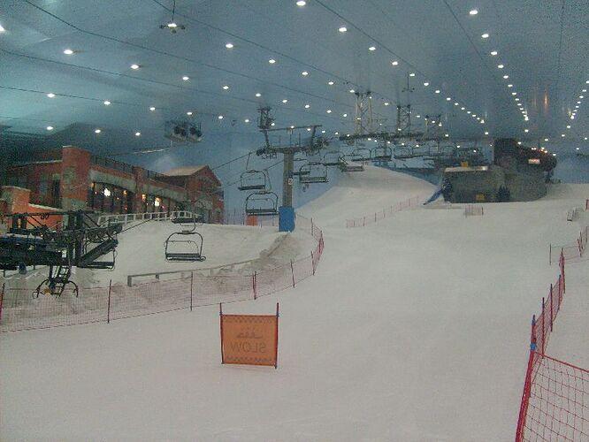 skihalle.jpg