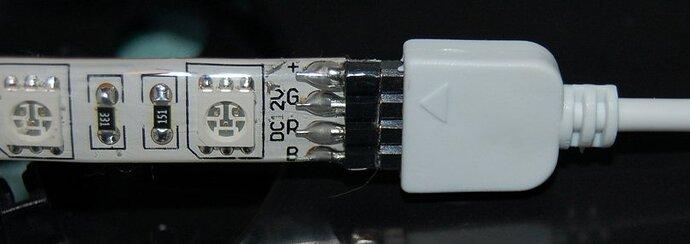 LED_Anschluss.jpg